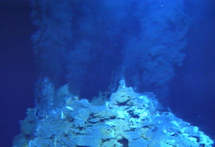 海底温水噴出口
